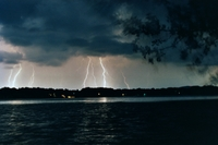 Night_storm_from_lake_june_2003_0015a